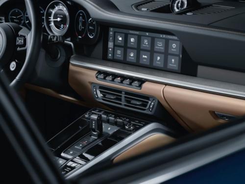 2021-Porsche-911-Turbo-2