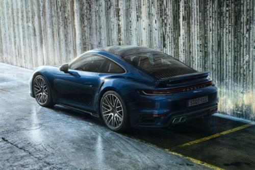 2021-Porsche-911-Turbo-3