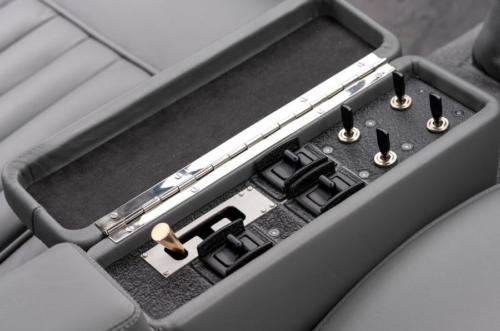 89-aston-martin-db5-goldfinger-continuation-1st-built-switches