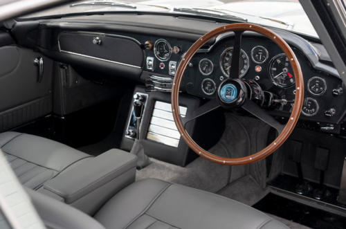 91-aston-martin-db5-goldfinger-continuation-1st-built-cabin